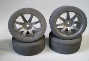 EC40+ V10 tire set